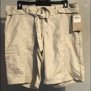 NWT Columbia OCSash Water Shorts Beige cargos 10